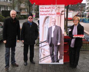Landtagsabgeordneter manfred Manfred Krick unterstützt uns in Erkrath.... Mit Horst Esselborn und Ursula Mazurczak
