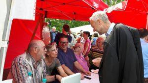 Manfred Krick am SPD-Stand